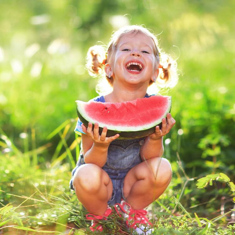Pediatri: frutta fondamentale per alimentazione nostri bambini