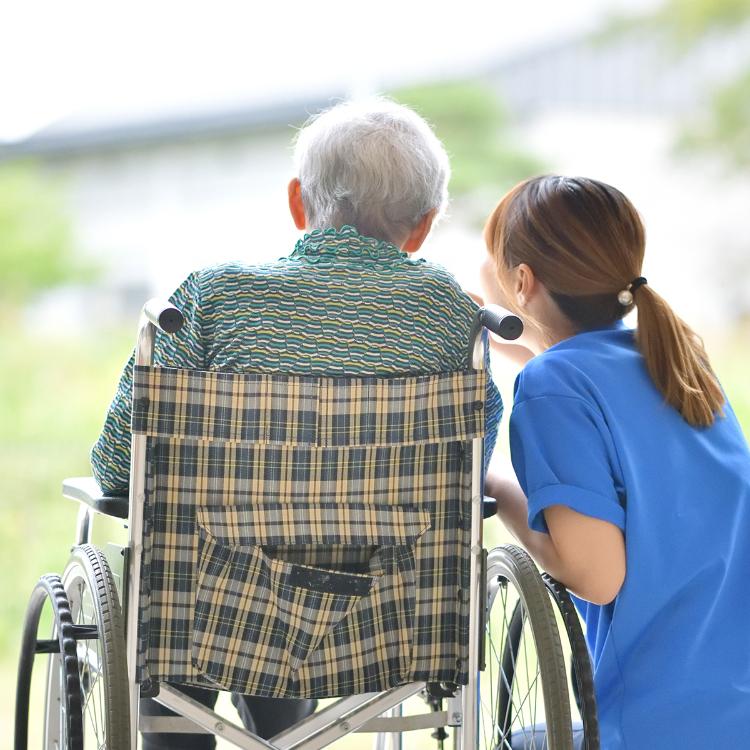 Covid-19, teleassistenza infermieristica gratis a malati Parkinso...