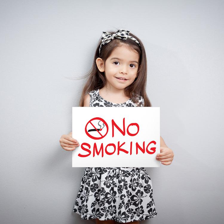 Salute, Simri: in Italia per un bimbo su due danni da fumo passiv...